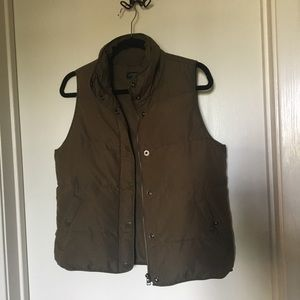 J.Crew Olive Green Puffy Vest Size XS